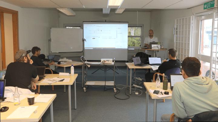 https://slussen.azureedge.net/image/4315/bastec-utbildning-2020.jpg